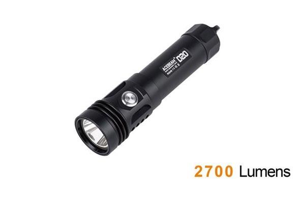 Dung lượng pin sạc đèn pin lặn Acebeam D20 lên tới 5100mAh