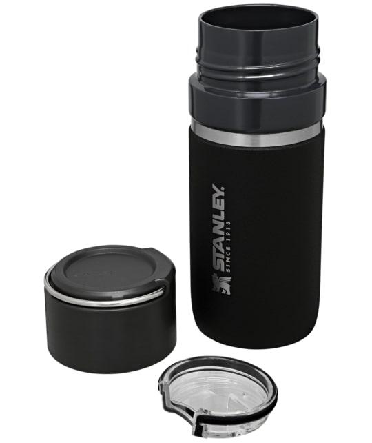 Bình giữ nhiệt Stanley Ceramivac GO Bottle 16oz: Nắp ngoài vừa có quai xách, vừa có thể sử dụng như một chiếc cốc nhỏ.