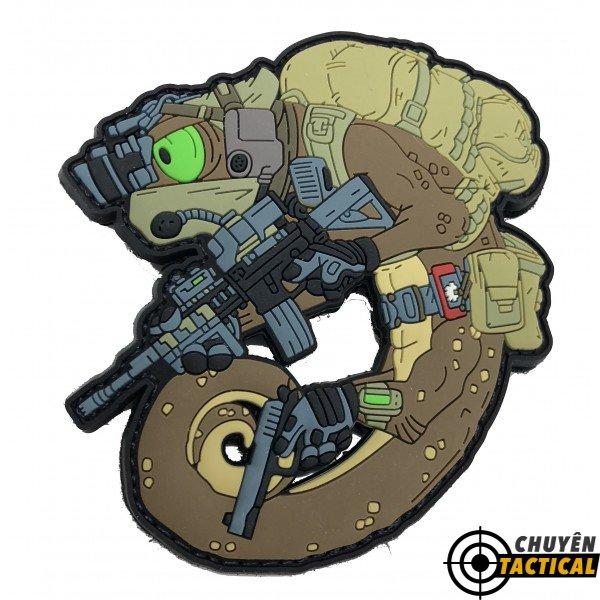 Mystic Warriors – Helikon-Tex Tactical Chameleon Desert Storm Operator