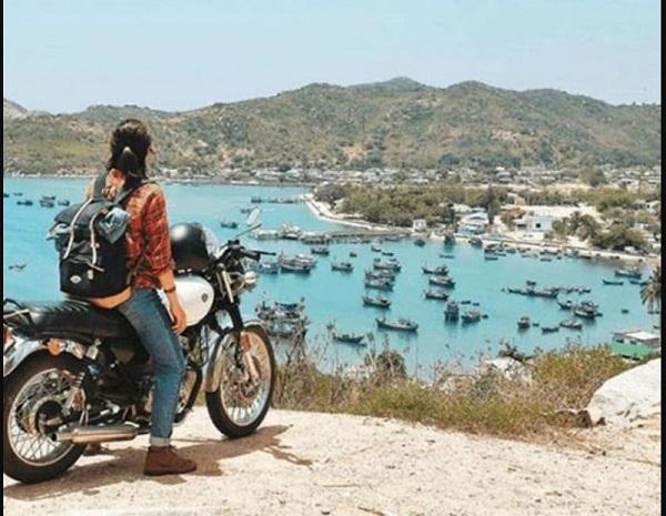 Backpacker là gì? Địa điểm mua phụ kiện du lịch bụi uy tín