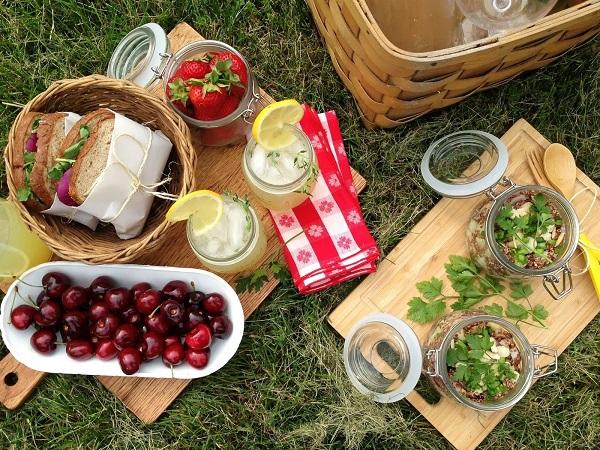 Các món ăn đi cắm trại đảm bảo dễ ăn, dễ làm, dễ bảo quản