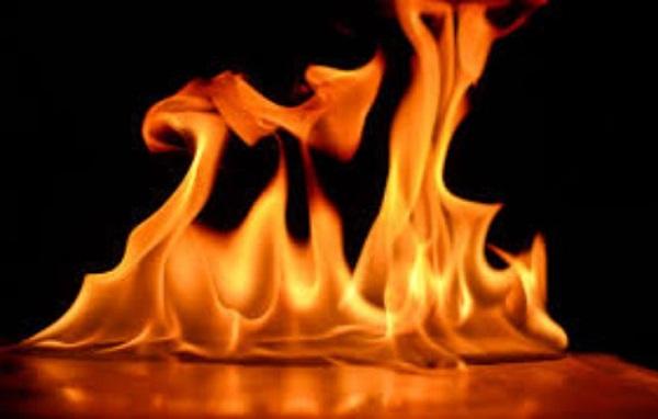 Cách tạo lửa nhanh ngay giữa rừng dân phượt nào cũng phải biết