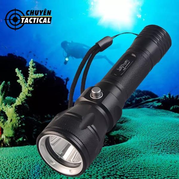 đèn pin chống nước siêu sáng