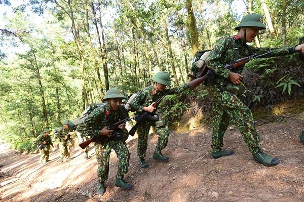 Tìm Hiểu Balo Quân Đội Việt Nam Có Gì Hot?