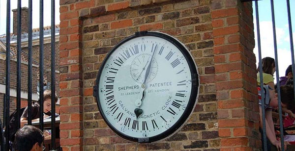 Đồng hồ tại đài thiên văn Greenwich