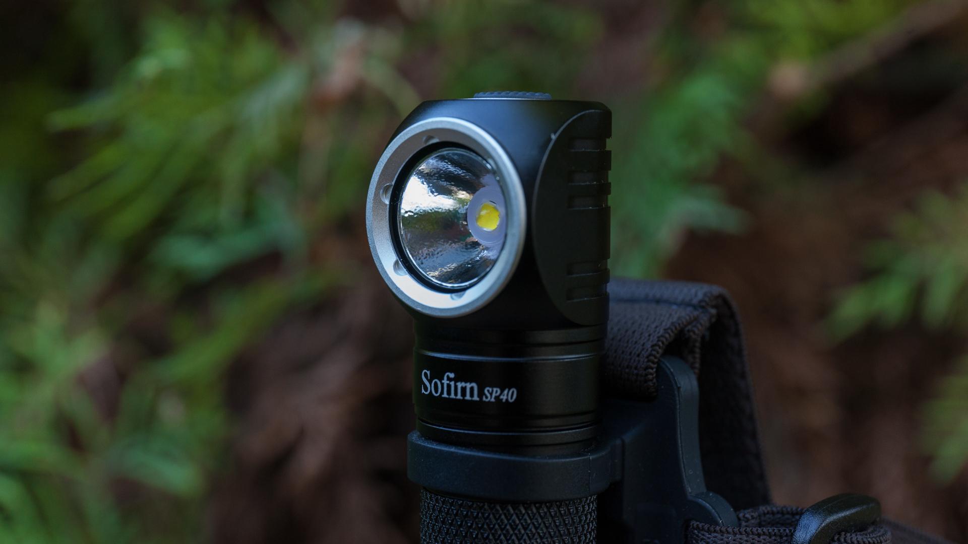 sử dụng đèn pin siêu sáng mini