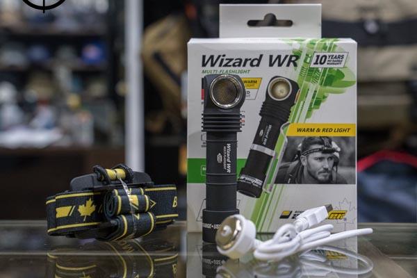 đèn pin dùng để bảo vệ