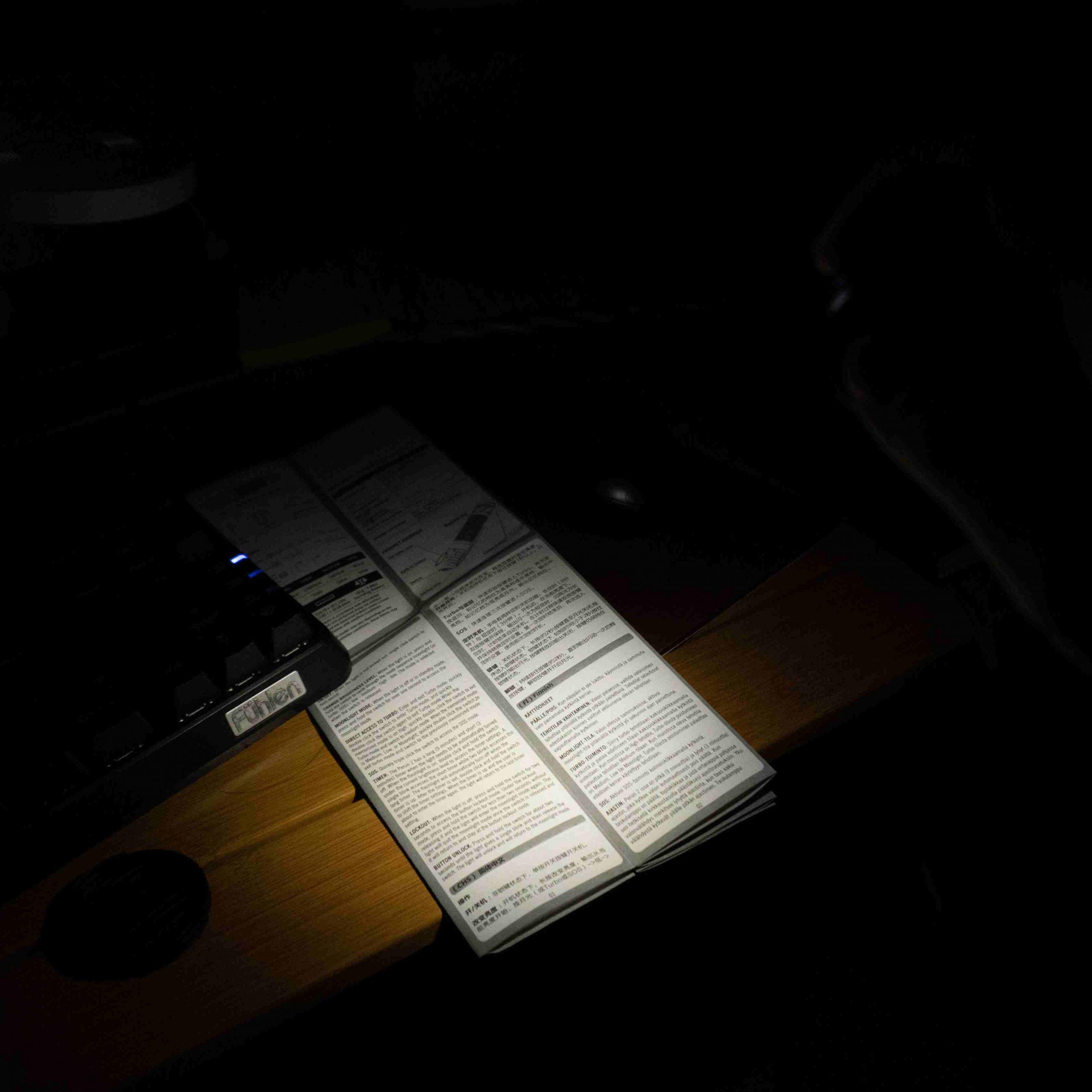 Chế độ Moonlight 5 lumens. Thời lượng lên đến hơn 12 ngày.
