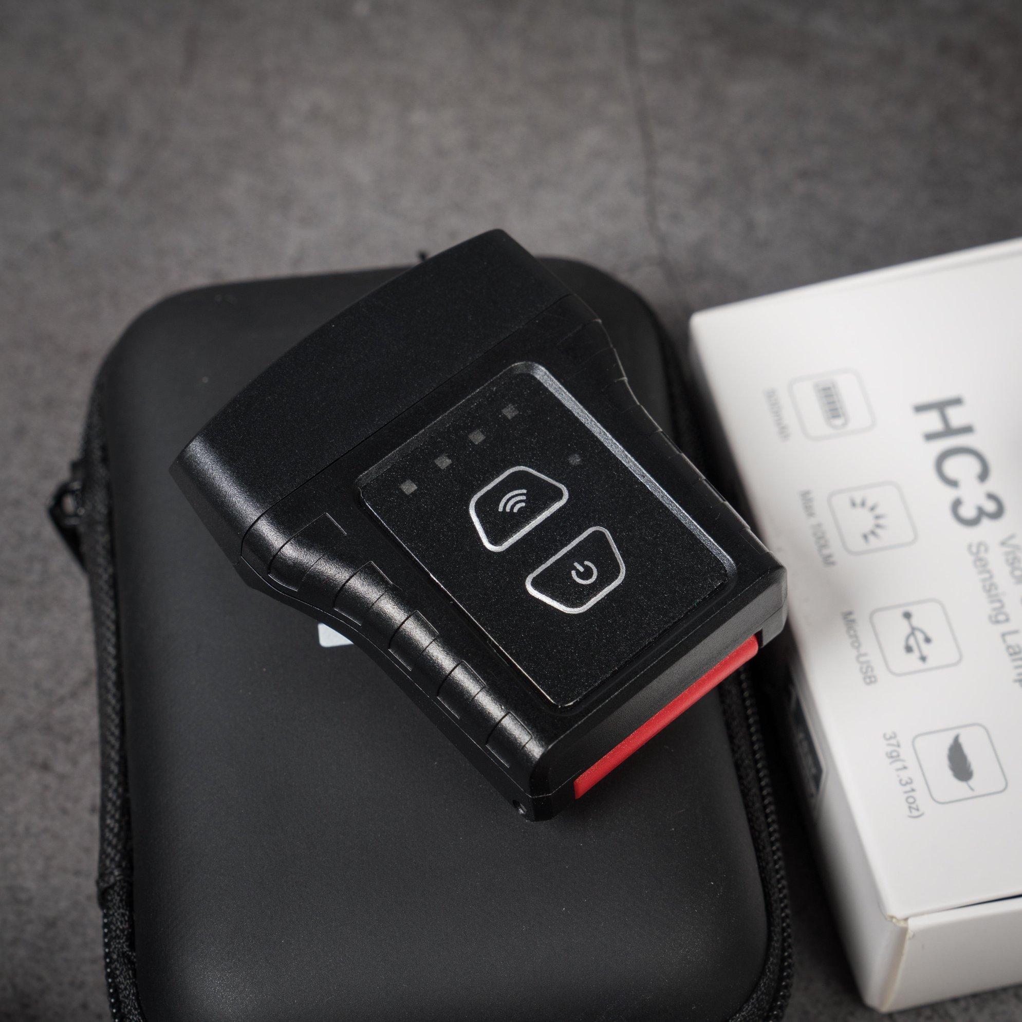 Công tắc chính - Công tắc cảm biến và đèn báo thời lượng pin