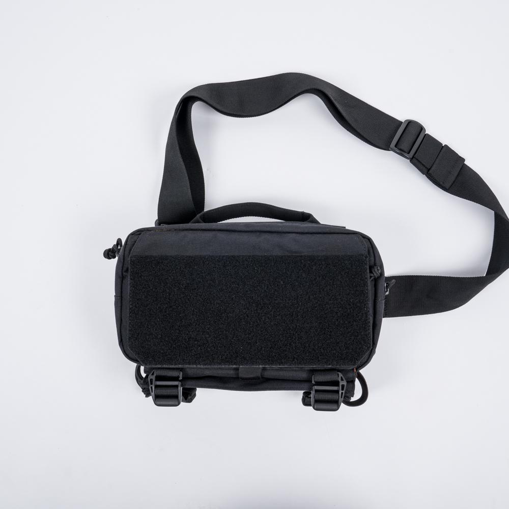 Túi đeo chéo CT5 - Black